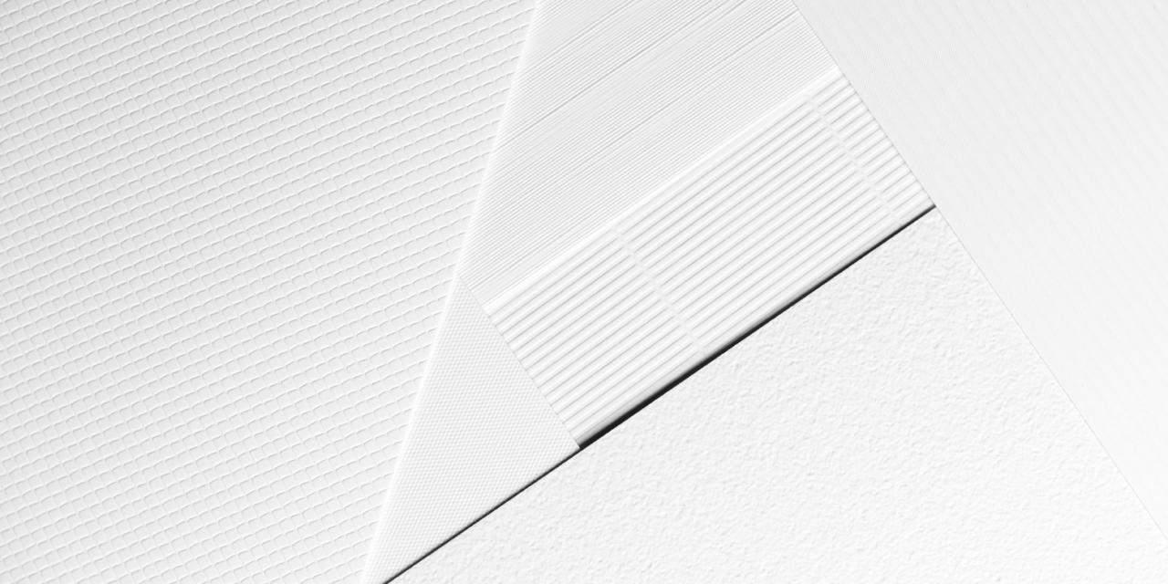 Oberflächengeprägte Papiere